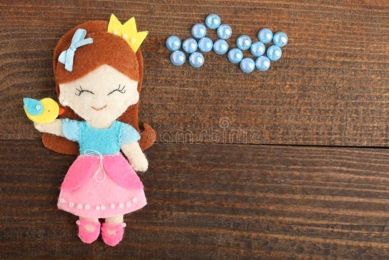 Boneca decorativa feito a mão foto de stock