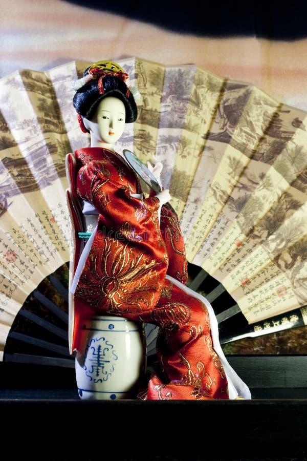 Boneca japonesa da gueixa fotografia de stock royalty free