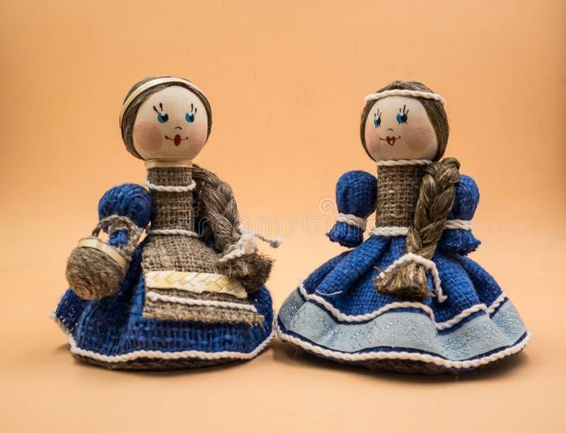 Bonecas de Bellarusian, brinquedos fotos de stock