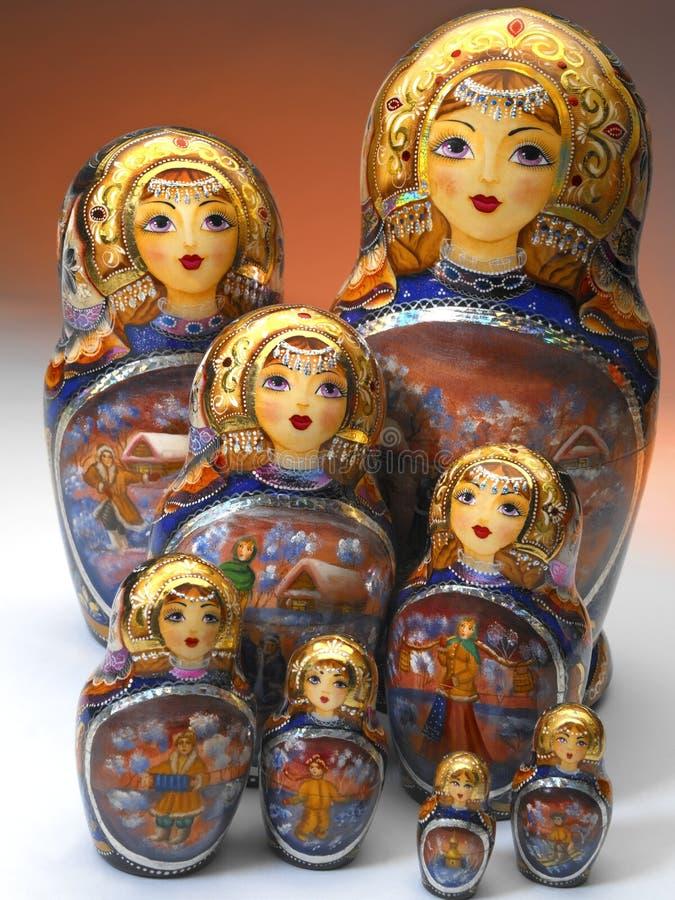 Bonecas de Matrushka do russo imagens de stock