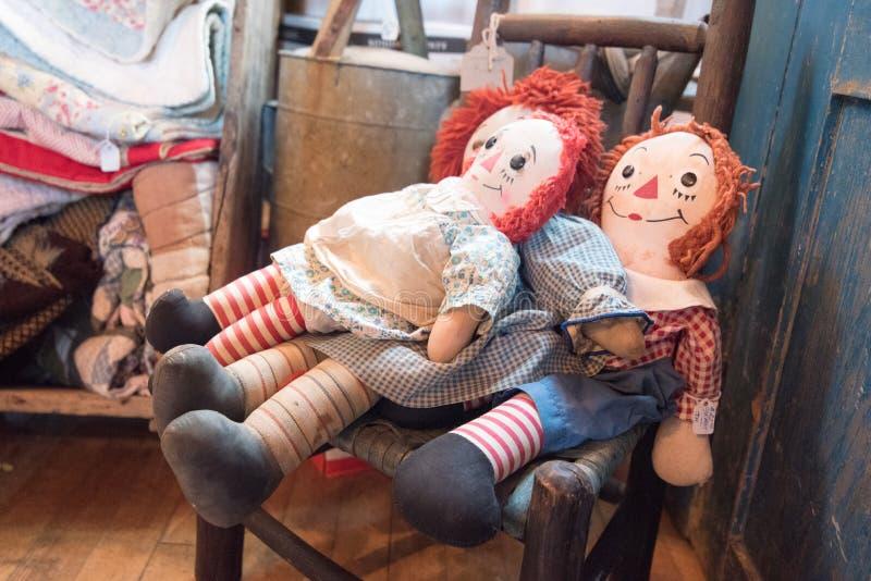 Bonecas do vintage foto de stock royalty free