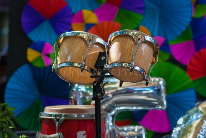 Bongos, cilindro de bongos fotografia de stock