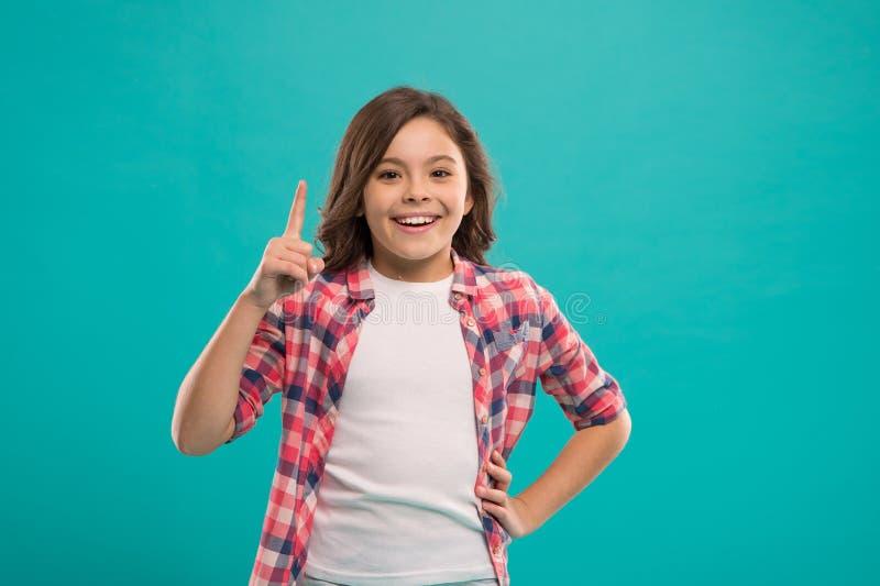 Bonheur d'enfance Petite fille heureuse Beauté et mode Petite mode d'enfant Le jour des enfants internationaux Petite fille images libres de droits