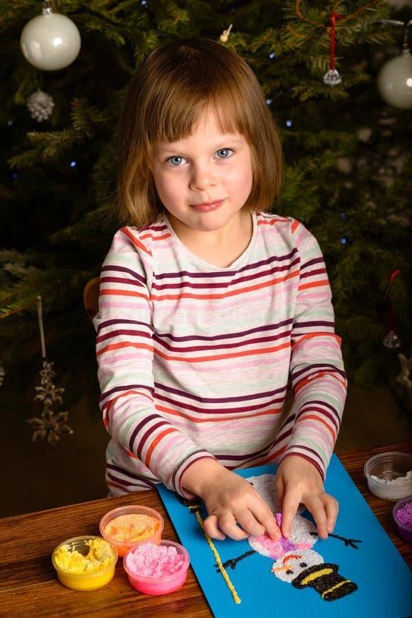 Bonhomme de neige de dessin de fille d 39 enfant image stock image du colle sourire 65098393 - Bonhomme fille ...