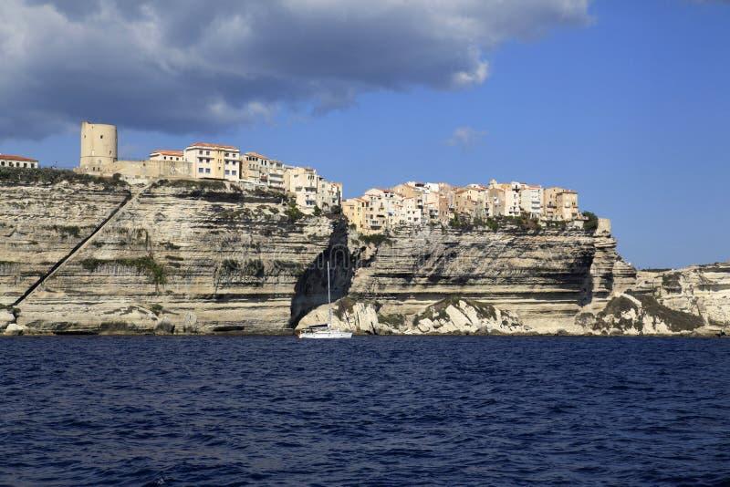 Bonifacio,南科西嘉岛,法国峭壁和城堡  免版税图库摄影