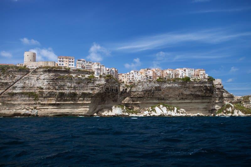 Bonifacio город на скалах, Корсика, Франция стоковая фотография rf