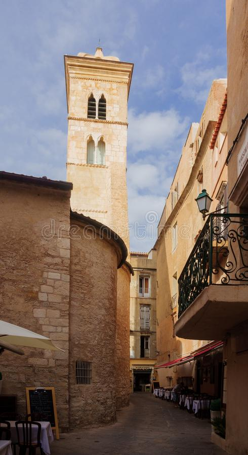 Bonifacio Alley Korsika arkivfoton