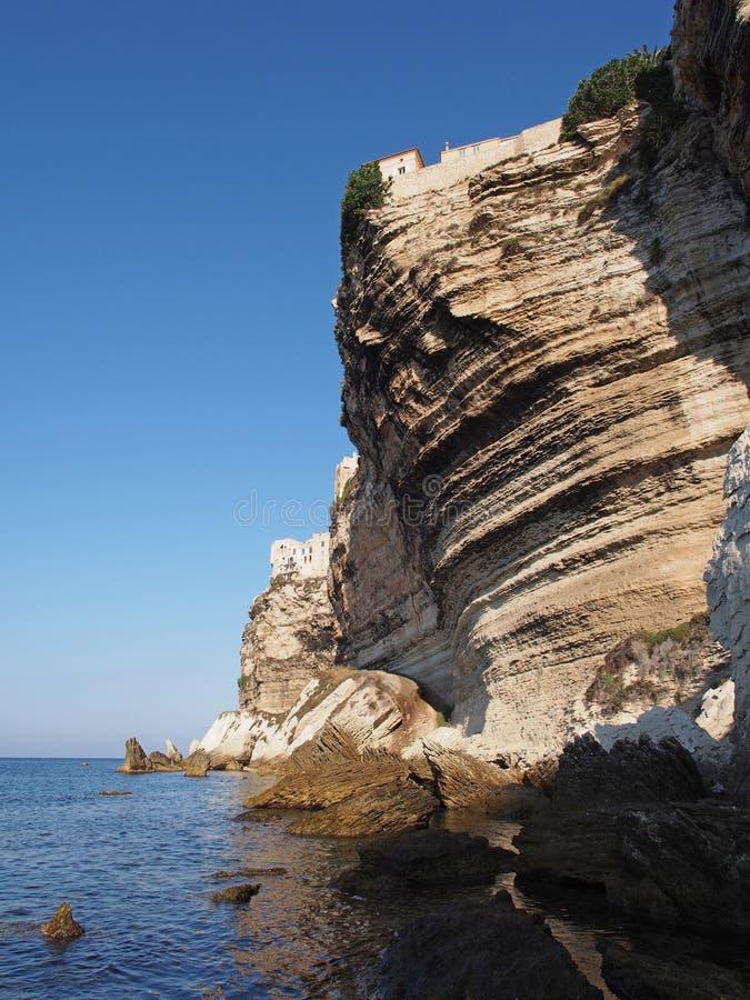 Bonifacio klippa, Corsica, Frankrike arkivbilder