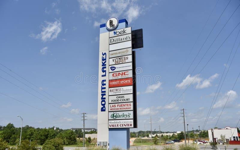 Bonita Lakes Mall en het Winkelen Plein, Meridiaan, de Mississippi stock afbeelding