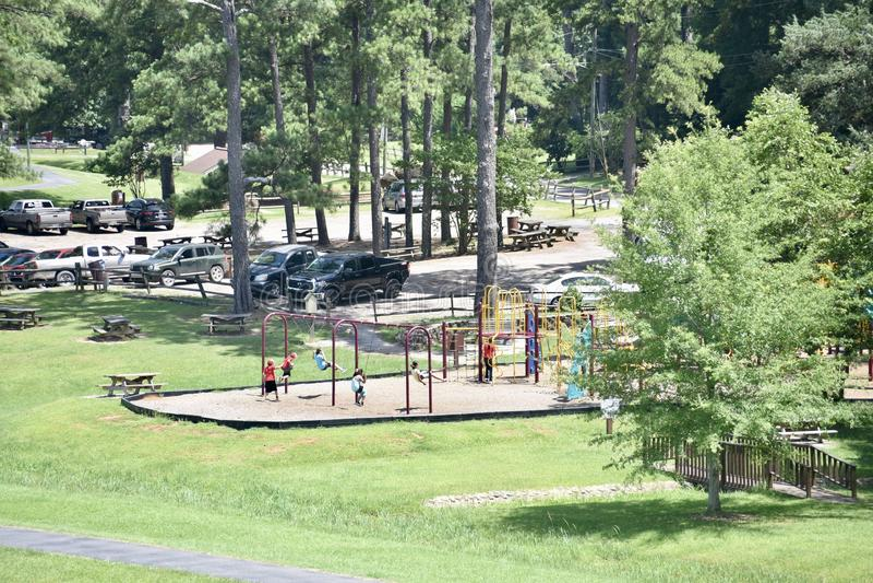 Bonita Lakes Playground Area meridian, Mississippi royaltyfria bilder