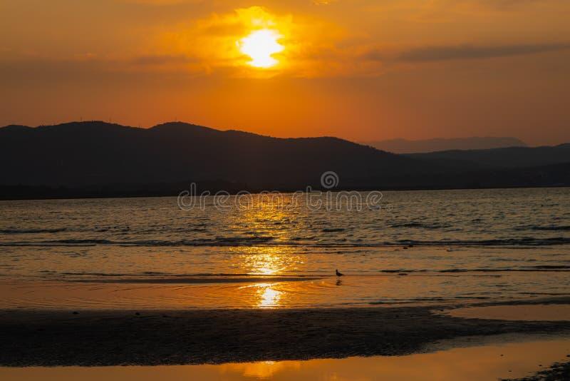 Bonita puesta de sol en Italia imagenes de archivo