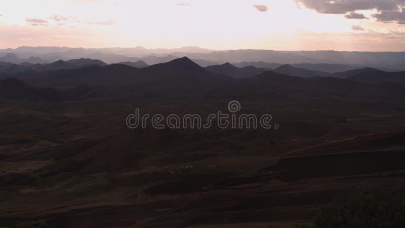 Bonita vista de las montañas de Azrou en Marruecos foto de archivo