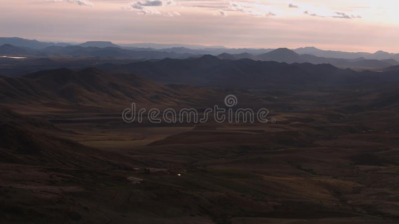 Bonita vista de las montañas de Azrou en Marruecos fotos de archivo