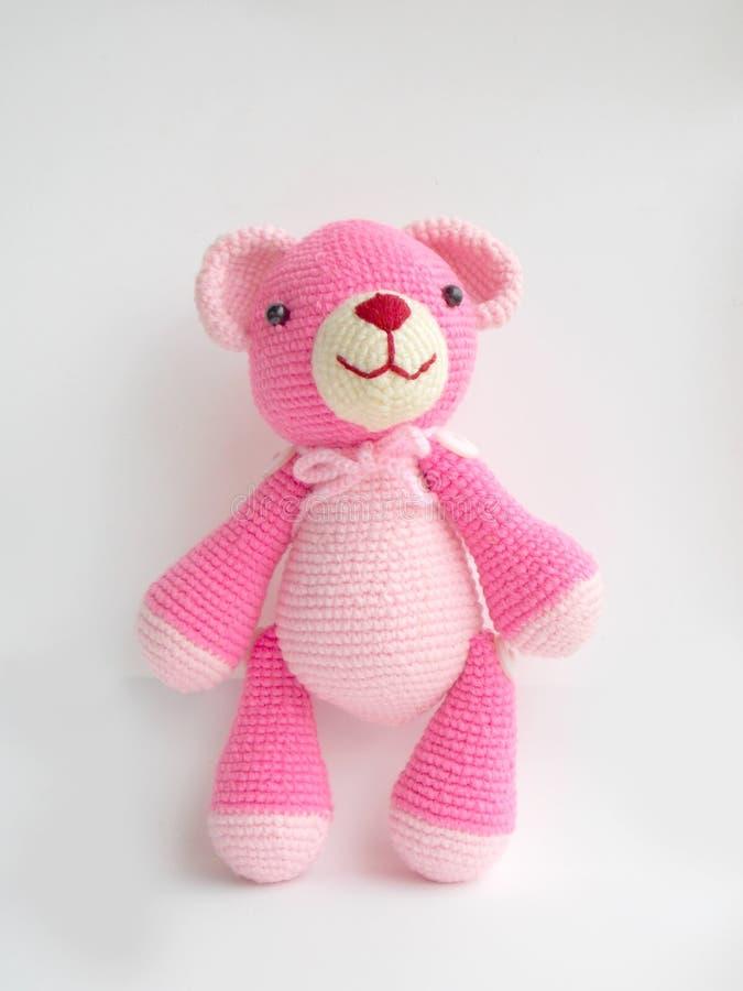 Bonito fazer crochê a boneca do urso de peluche imagem de stock royalty free