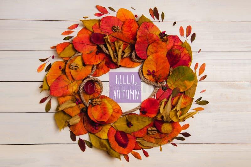 Bonjour guirlande d'automne photographie stock