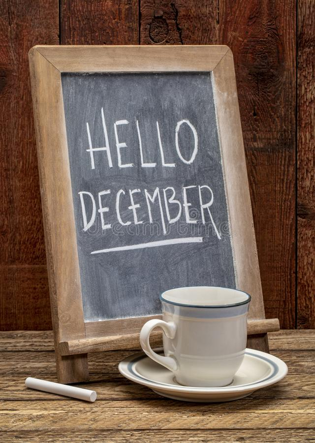 Bonjour signe de tableau noir de décembre photos stock