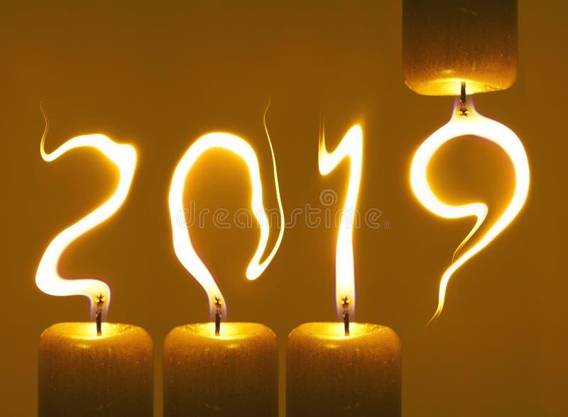Bonne année 2019 - bougies image libre de droits