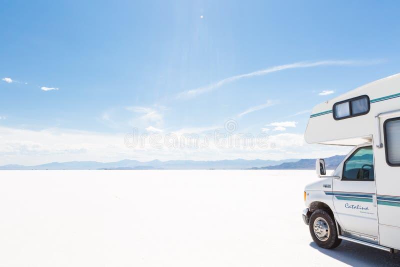 Download Bonneville mieszkań sól zdjęcie stock editorial. Obraz złożonej z stangreci - 57661243