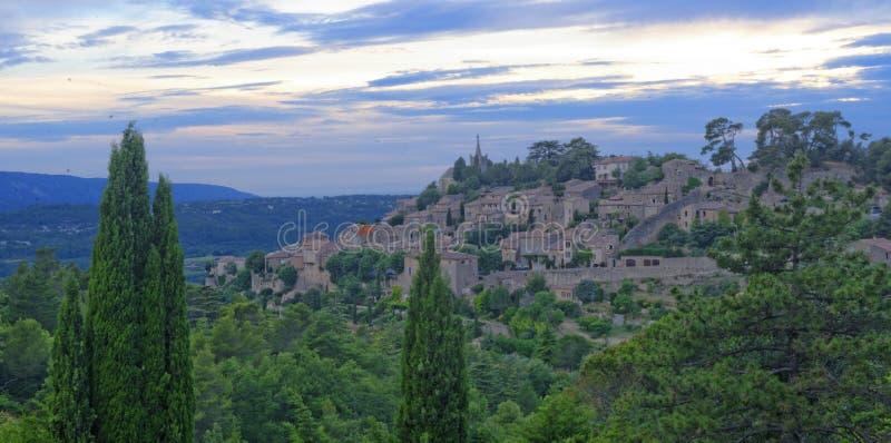 Bonnieux by i Provence arkivfoto