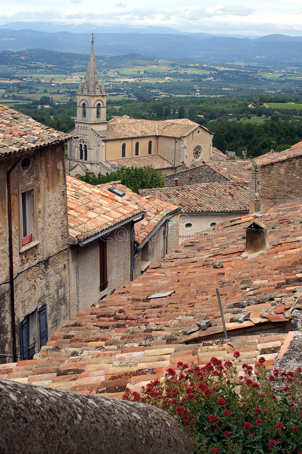 Download Bonnieux in the Provence stock photo. Image of hill, vaucluse - 5577114