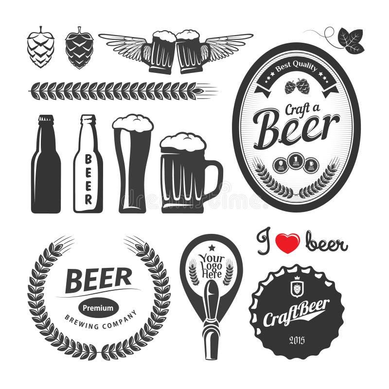 Bons etiquetas da cervejaria da cerveja do ofício, emblemas e elementos do projeto Grupo do vetor do vintage ilustração stock