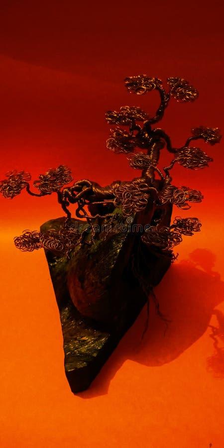 Bonsaidrahtbaum-Kunstbild stockbild