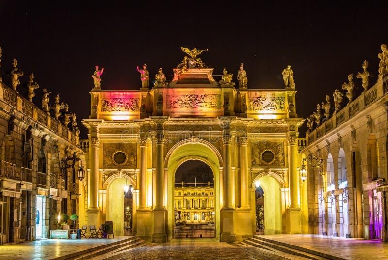 Boog hier op de Plaats Stanislas in Nancy - Frankrijk royalty-vrije stock afbeeldingen