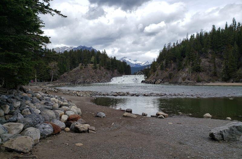 Boogdalingen van Banff Alberta stock foto's