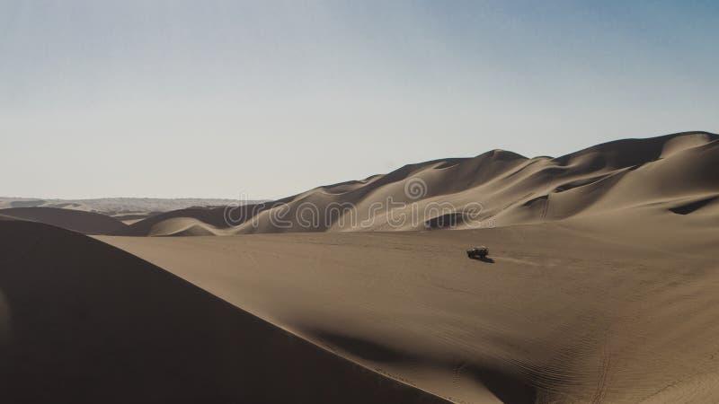 Boogie en el medio del desierto imágenes de archivo libres de regalías