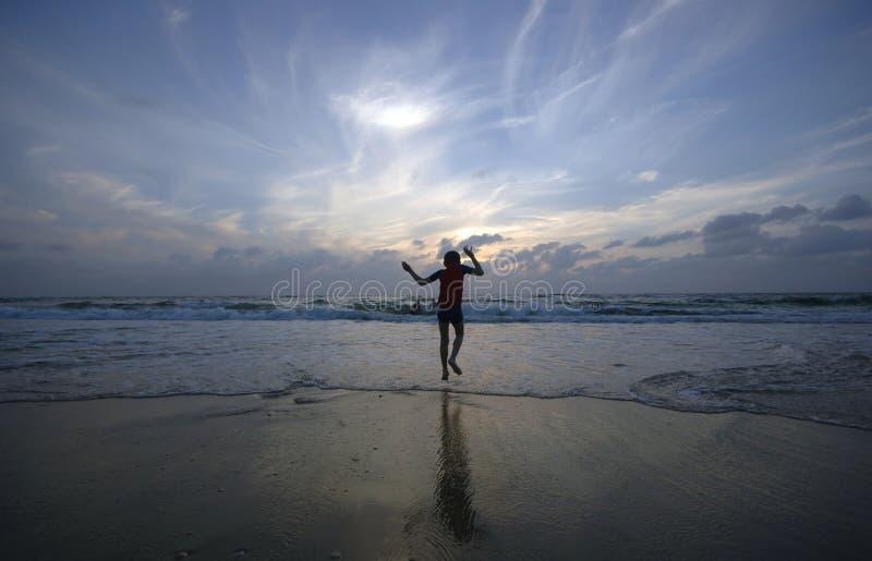 Boogie sur le coucher du soleil photographie stock libre de droits