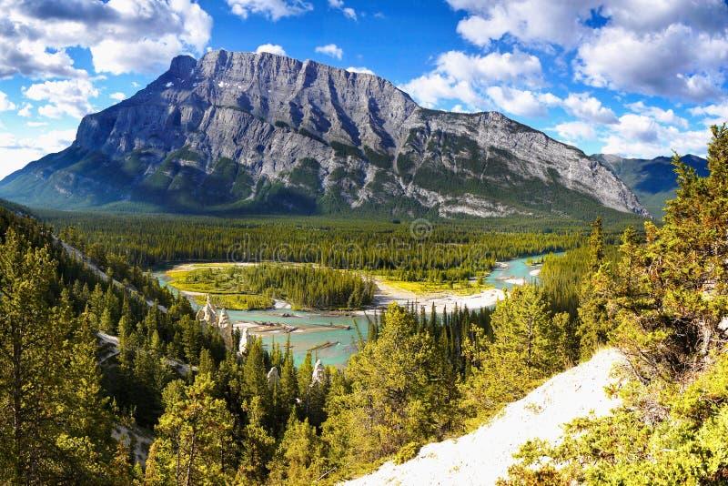 Boogrivier, het Nationale Park van Banff, Alberta, Canada stock afbeelding