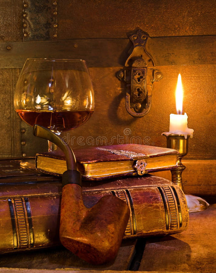 Free Book And Pipe Royalty Free Stock Image - 1233266