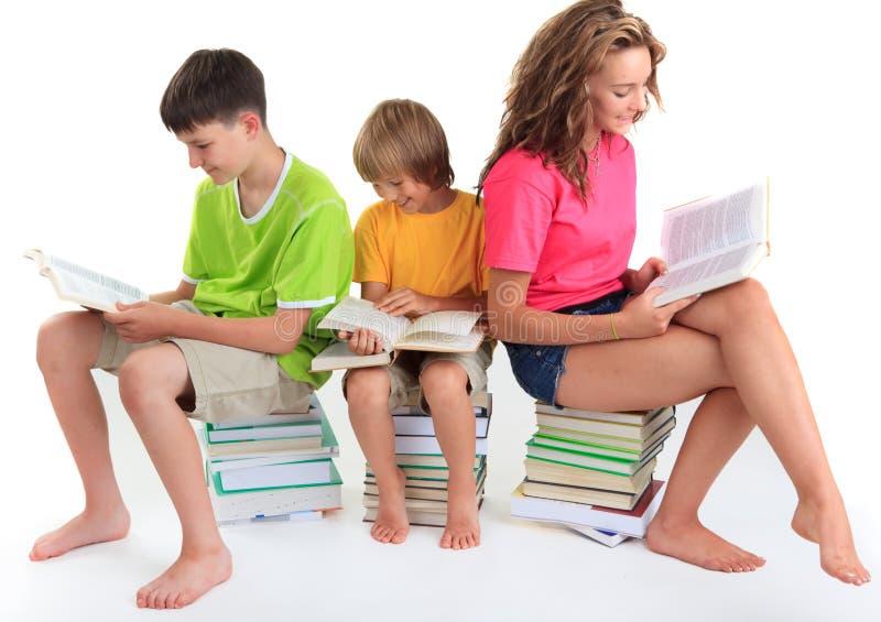 books att sitta för barn arkivbilder