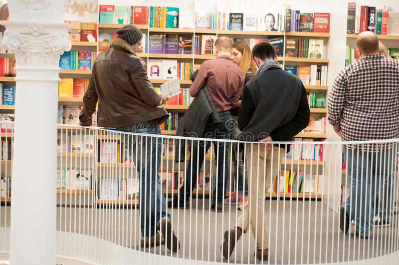 Bookstore ludzie zdjęcia stock