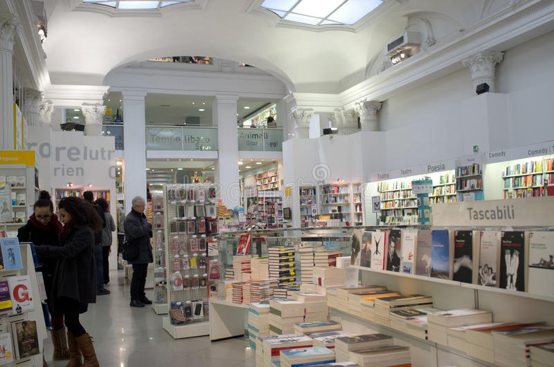 Download Bookstore In Rome Editorial Photography - Image: 28793147