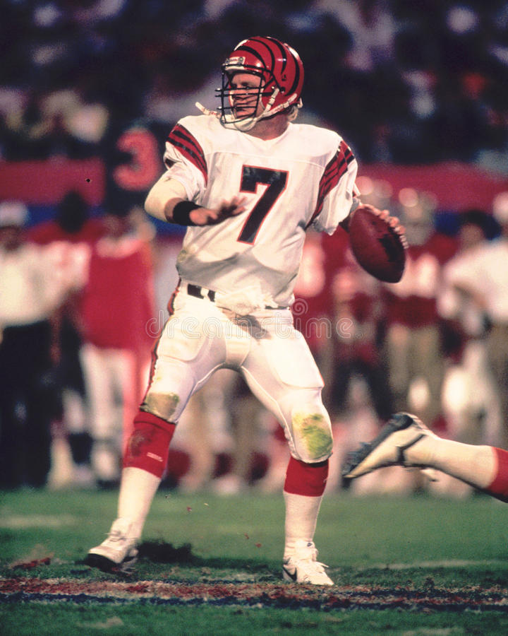 Boomer Esiason. Cincinnati Bengals QB Boomer Esiason, #7 (Image taken from color slide stock photography