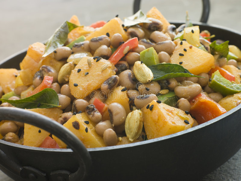 Boon van Aloo- van Lobia de de Zwarte Eyed en Kerrie van de Aardappel stock afbeeldingen