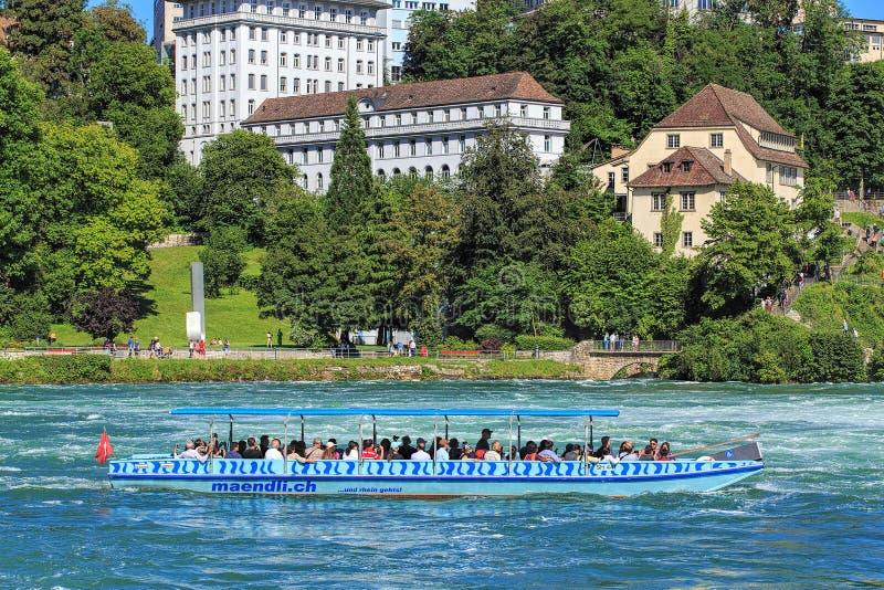 Boot auf dem Rhein lizenzfreies stockbild