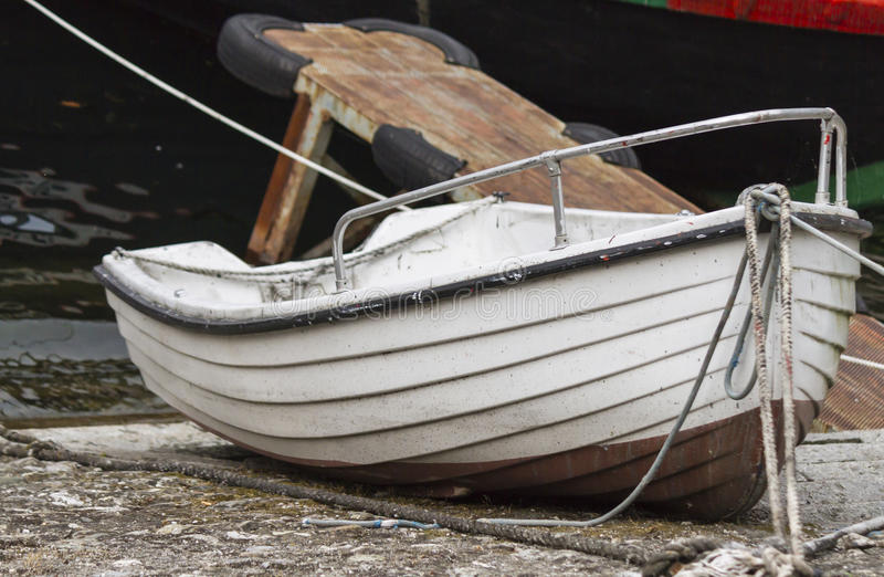 Boot auf See lizenzfreies stockbild