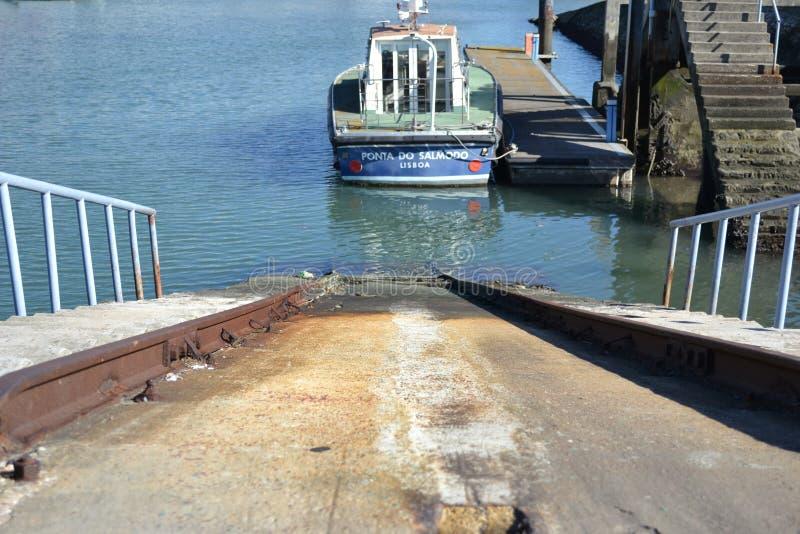 Boot bei Belen Lisbon stockfotografie