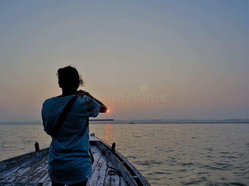 Boot beim Ganges, Varanasi lizenzfreie stockfotos