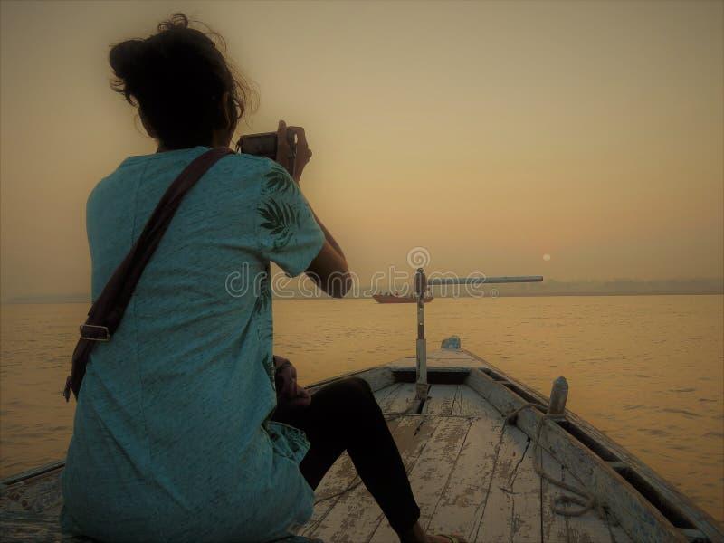 Boot beim Ganges, Varanasi lizenzfreie stockfotografie