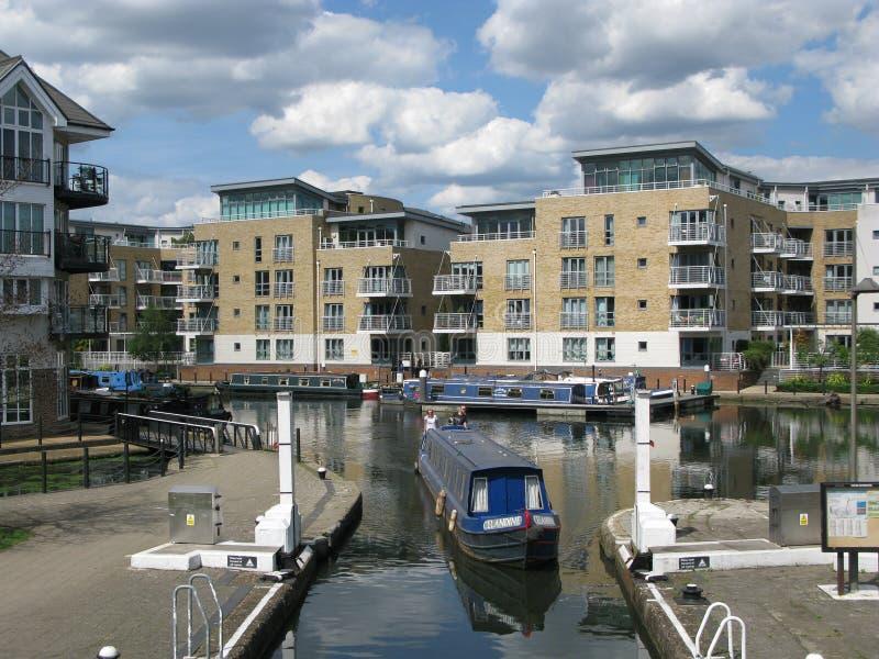 Boot an Brentford-Jachthafen, London, Großbritannien, stockbild