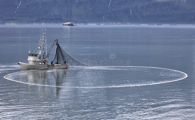 Boot der kommerziellen Fischerei stockbild