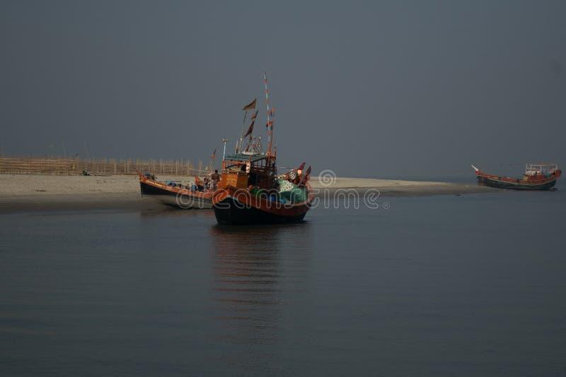 Boot, Fischerboot, Golf von Bengalen stockfoto