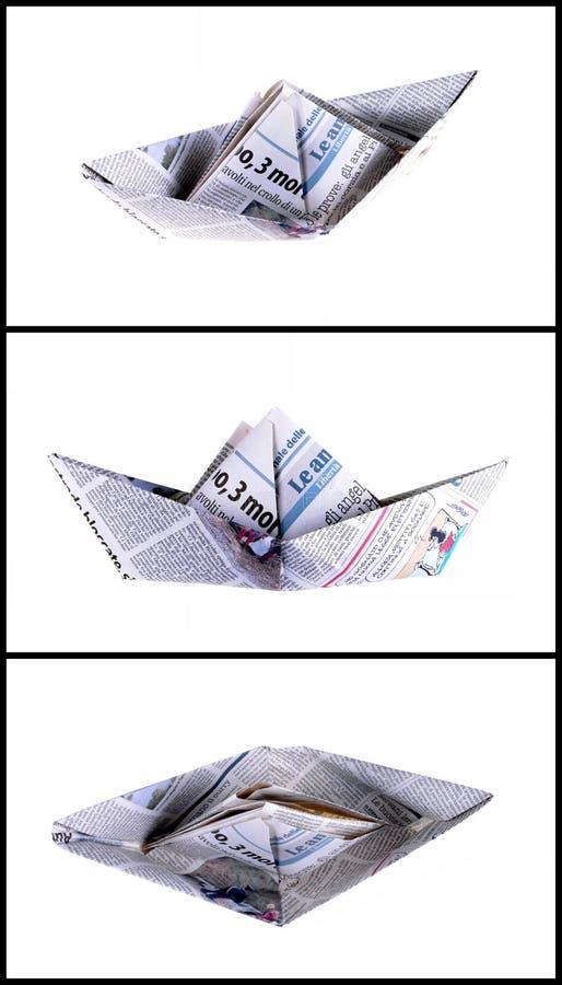 Boot hergestellt mit einer Zeitungsseite lizenzfreies stockfoto