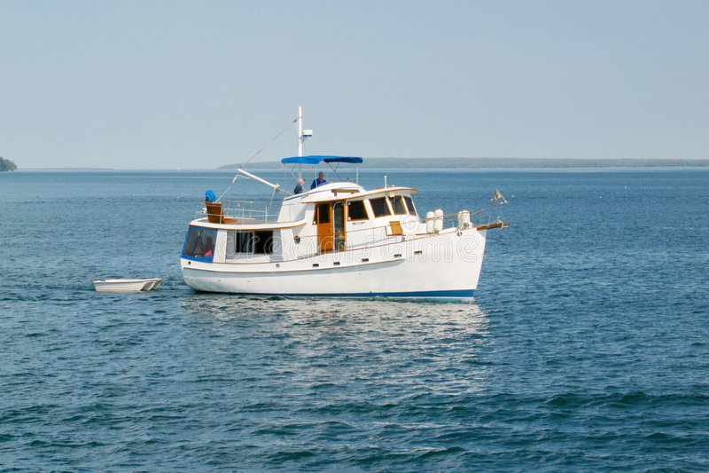 Boot op de oceaan stock foto's