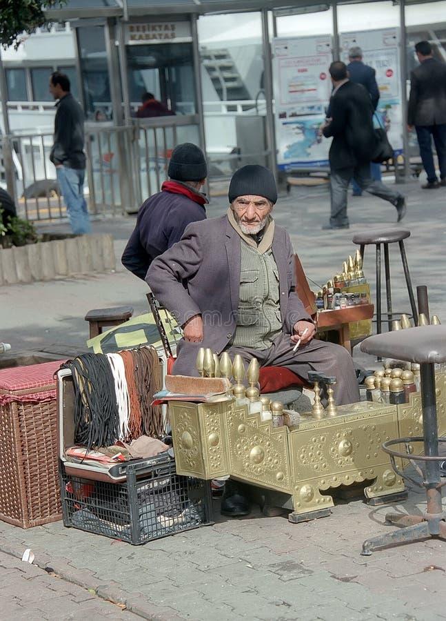 Bootblack в Stambul стоковые фото