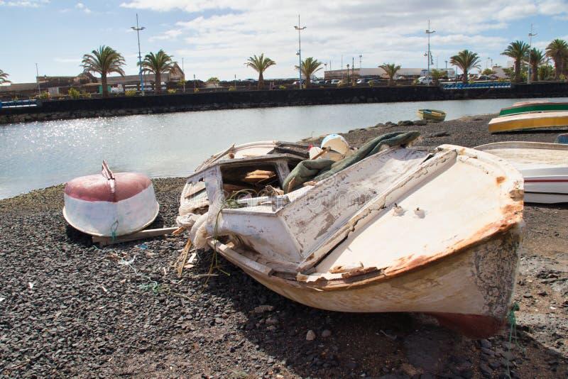 Boote auf Marina de Lanzarote lizenzfreie stockfotografie