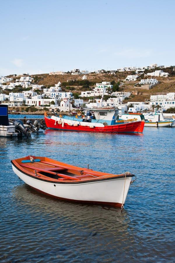 Boote in der Griechenland-Insel lizenzfreie stockfotos